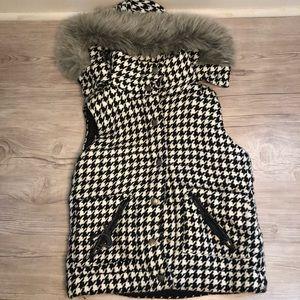 Houndstooth Women's Vest Fur Hood Large